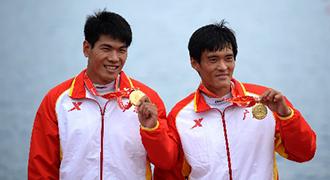 [视频]-男子双人划艇1000米决赛 广东队夺冠