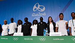 难民奥林匹克代表团运动员亮相