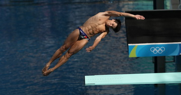 跳水男子三米板:曹缘晋级决赛