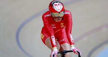 场地自行车女子争先赛:钟天使获第五名