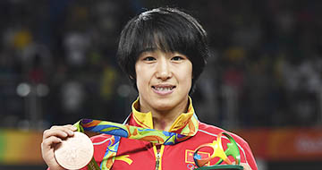 摔跤女子自由式48公斤级:孙亚楠获铜牌