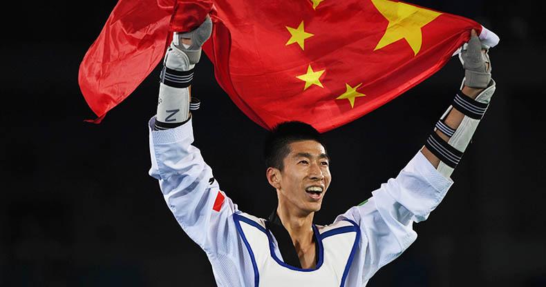 跆拳道男子58公斤级:赵帅夺冠