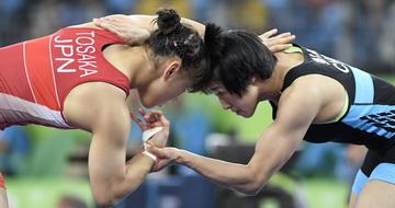 摔跤:孙亚楠将角逐铜牌