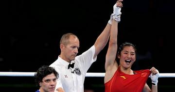 拳击女子中量级(69-75公斤):李倩晋级半决赛
