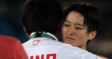 跆拳道49公斤级四分之一决赛:吴静钰负于对手