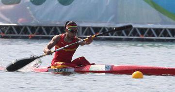 女子500米单人皮艇:周玉获第六名