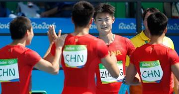 男子4×100米接力:中国选手晋级决赛
