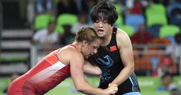 摔跤女子自由式75公斤级赛况