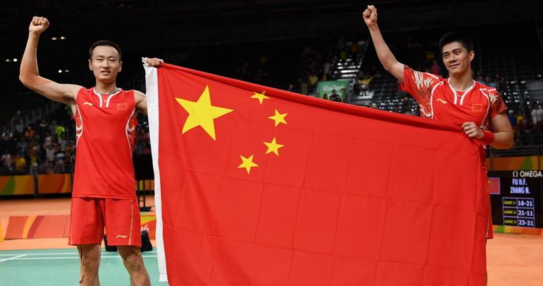 羽毛球男子双打决赛:中国队夺冠