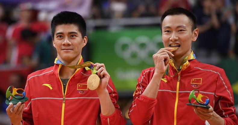 羽毛球男子双打颁奖仪式