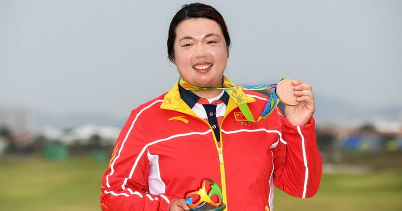 冯珊珊获得女子高尔夫铜牌