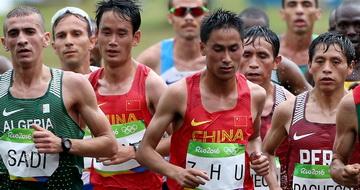 男子马拉松决赛:中国选手完赛