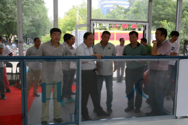 河北省积极推进大众冰雪运动标准化建设
