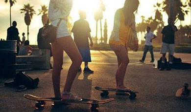 板女青春——活着就要玩滑板