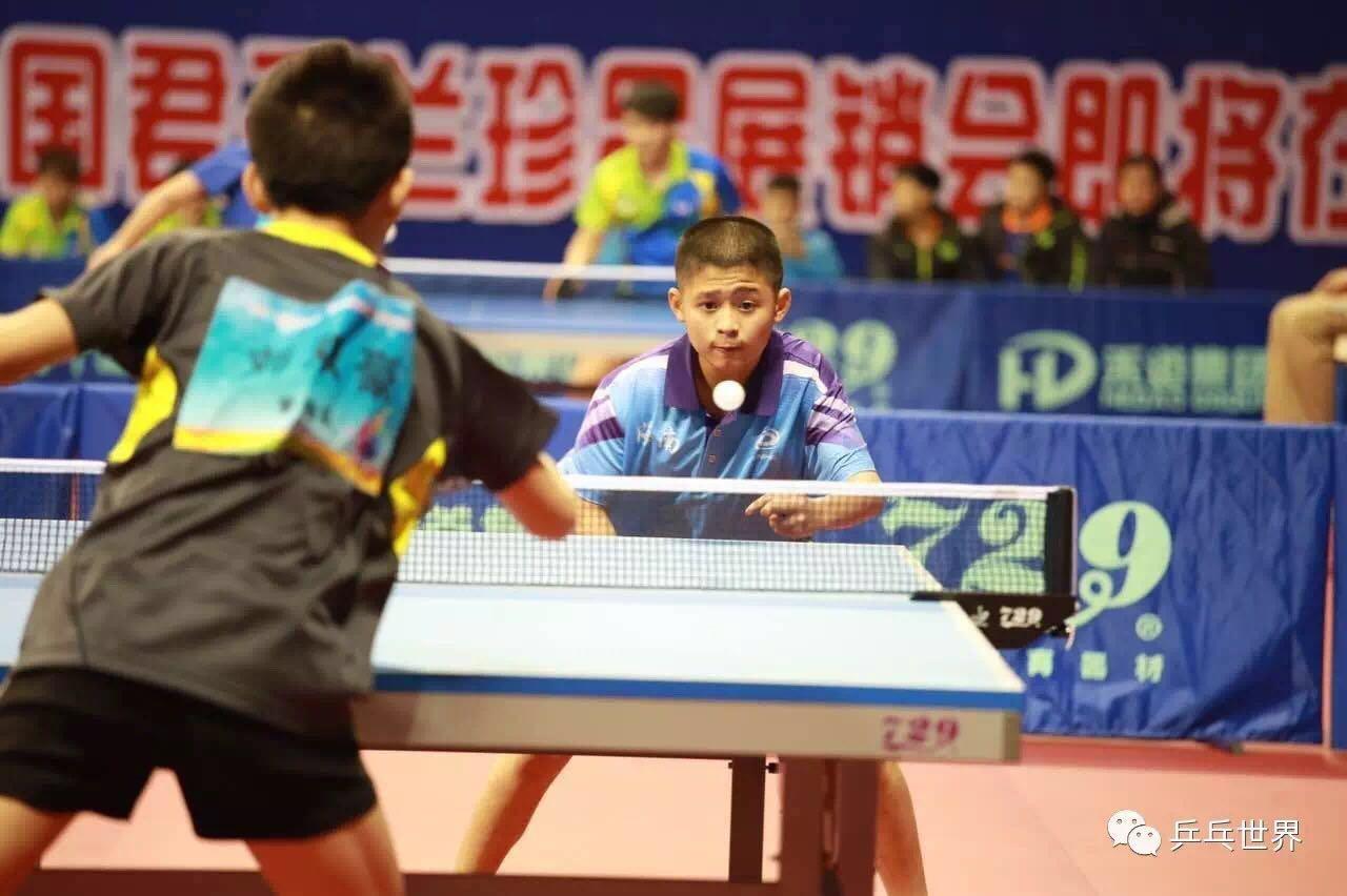 """全运会乒乓球预赛:一场25岁的""""年轻""""比赛"""