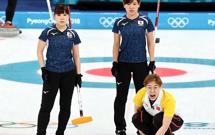 冬奥会女子冰壶循环赛:中国队胜日本队