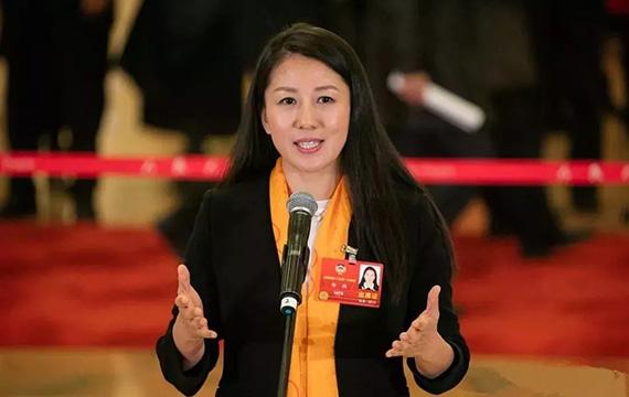 杨扬:体育是系统工程 最终要服务社会发展