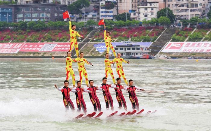 中国队三连冠 中美澳艺术滑水精英赛完美落幕
