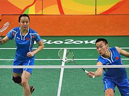 混双四分之一决赛:张楠/赵芸蕾晋级半决