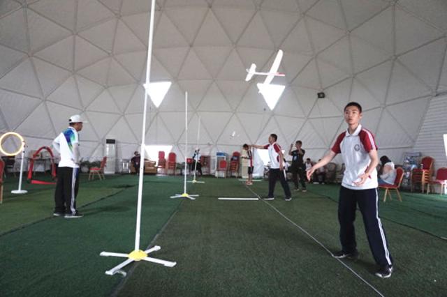 展示北京科技体育发展成果 航模运动飞出一片蓝天