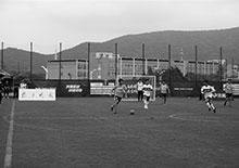 交汇点:首届体育工作者足球赛开幕 老记们在苏宁足球基地踢了个痛快!