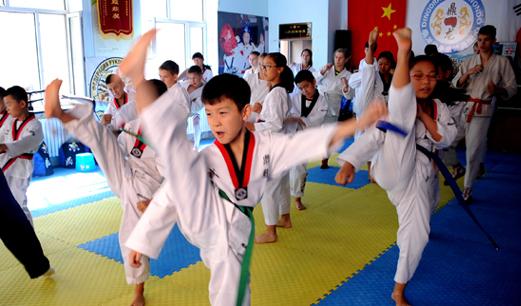 教育部发文:鼓励中小学体育场馆暑假对学生开放