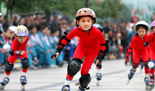 暑期青少年运动市场繁忙 运动技能培训最红火