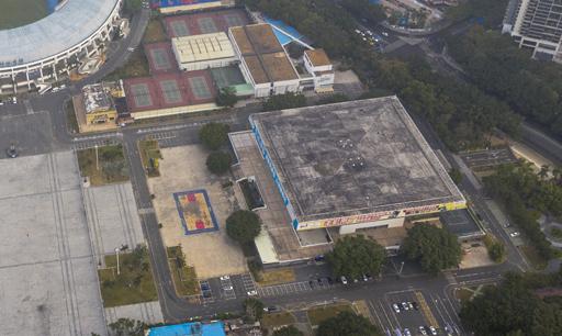 深圳体育中心坍塌 被救4名被困人员中3人伤重死亡
