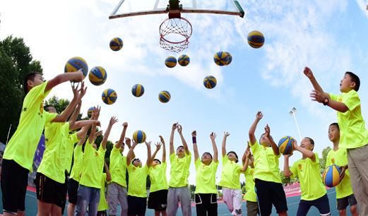 """""""培训+赛事""""驱动青少年篮球市场发展"""