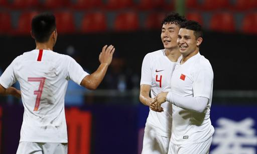 艾克森梅開二度 國足世預賽首戰5-0輕取馬爾代夫