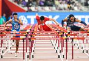 谢文骏晋级世锦赛110米栏决赛