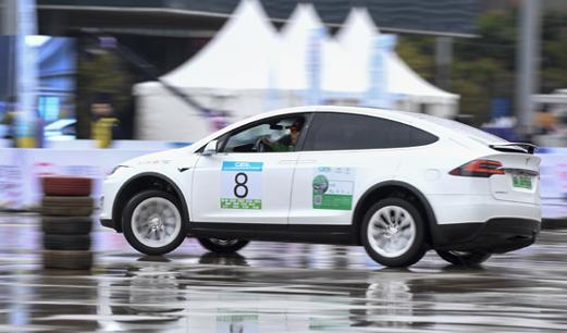 中国新能源汽车拉力赛共奏环保绿色乐章
