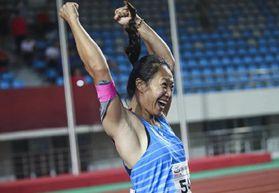 用比赛检验冬训成果 刘诗颖67米29创个人最好成绩夺冠