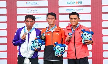 2020年全国田径锦标赛:男子10000米决赛 云南选手董国建夺冠