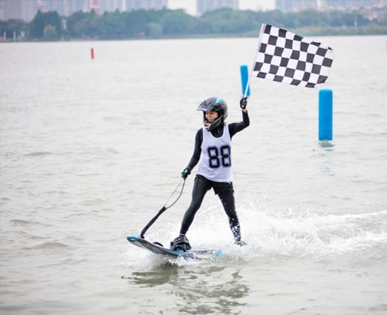 <font color='水上运动'>2020年中国电动冲浪板公开赛承办权招商项目信息</font>
