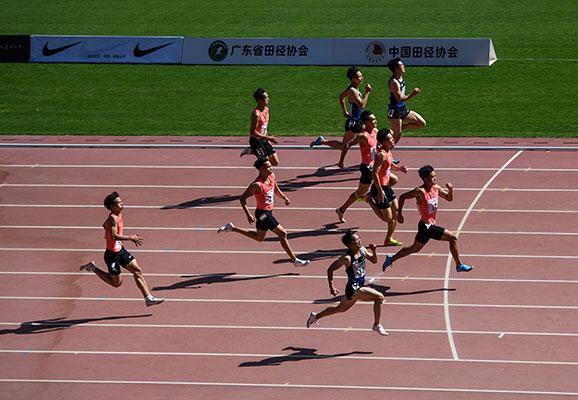 中国田径协会短跑项群基地赛第二站 李文杰梁小静分获男女百米冠军