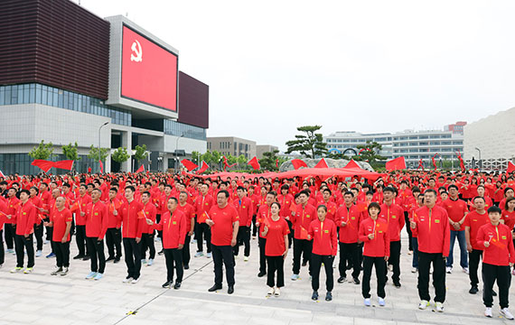 国乒将士献歌建党100周年