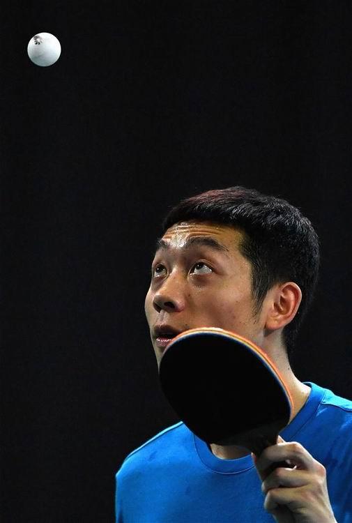 8月4日,中国乒乓球队选手许昕在训练中。