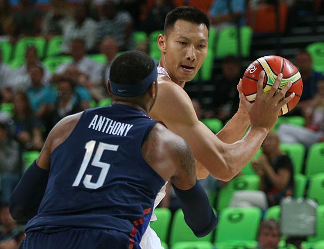 ... 组比赛中,中国队对阵美国队。新华社记者徐子鉴摄