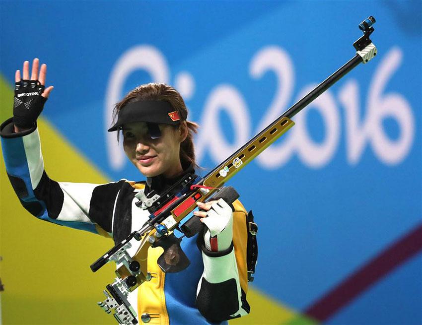 中国选手杜丽在比赛后。新华社记者曹灿摄