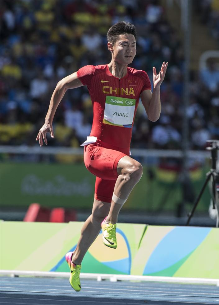 中国选手张培萌在比赛中