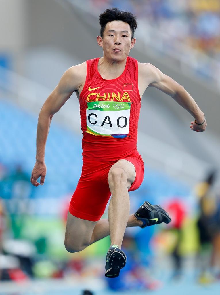 中国选手曹硕在资格赛中