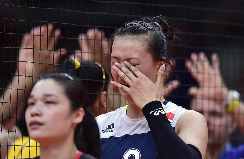 张常宁(右)在赛后喜极而泣