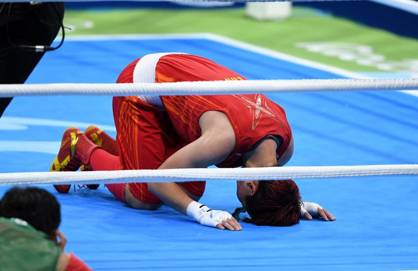 中国选手尹军花比赛后