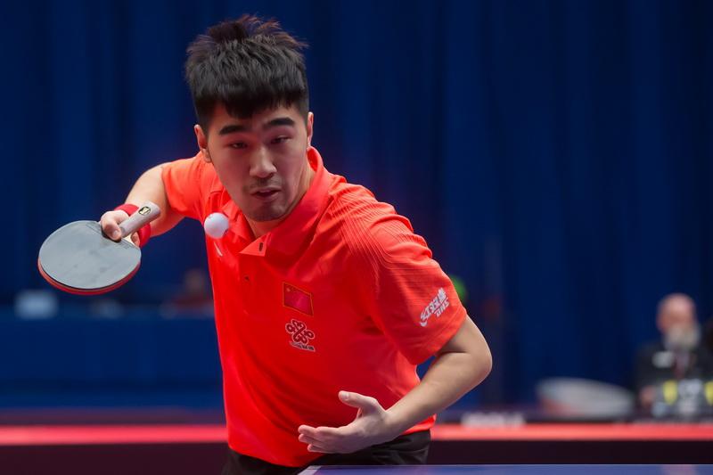 1月20日,在匈牙利首都布达佩斯举行的2017国际乒联世界巡回赛匈牙利公开赛男单八分之一决赛中,中国选手闫安以4比3战胜巴西选手卡德尔拉诺。