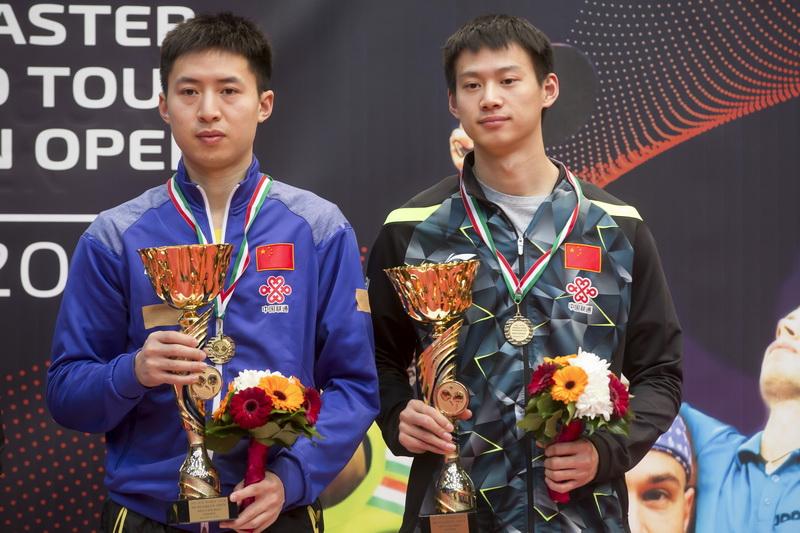 月22日,在匈牙利首都布达佩斯举行的2017国际乒联世界巡回赛匈牙利公开赛男子双打决赛中,中国组合方博/周雨以3比1战胜巴西组合卡尔德拉诺/坪井,获得冠军。