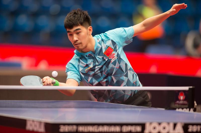 月22日,中国选手闫安在比赛中。