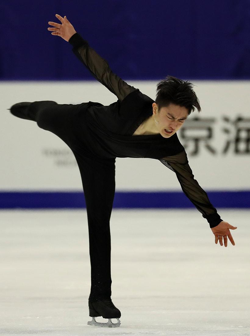 中国选手闫涵在自由滑比赛中。