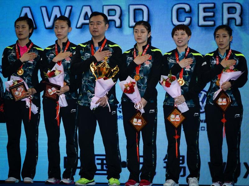 亚锦赛女团颁奖仪式