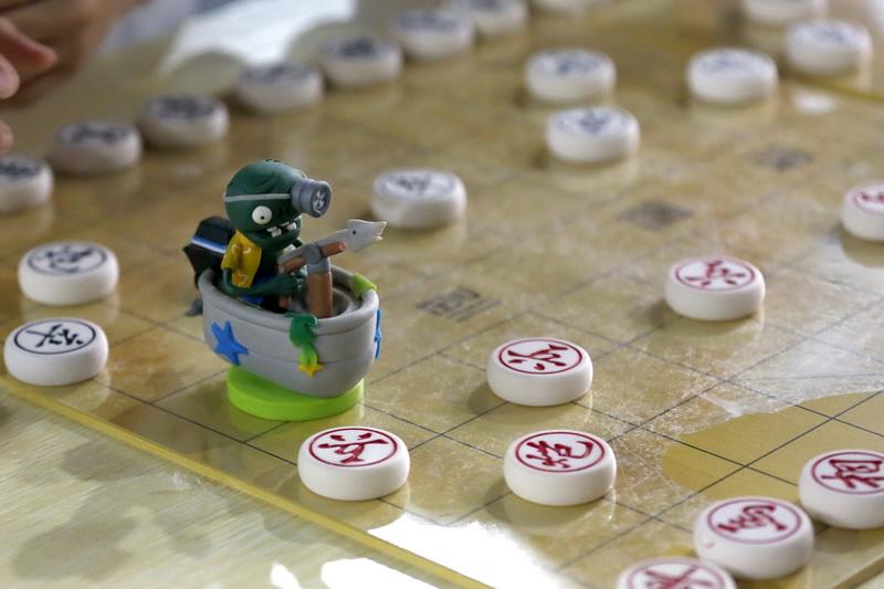小棋手为对手准备的节日礼物